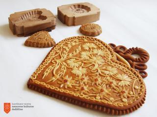 Mali kruhki in modeli. Foto: K. Sekirnik, 2018