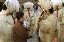 Folklorno društvo Lancova vas, Sekcija Koranti. Foto: Rado Škrjanec, 2006.