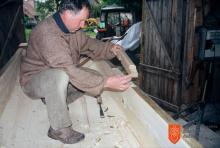 Vekoslav Kebe, Zavod za ohranjanje naravne in kulturne dediščine – Jezerski Hram. Foto: Nataša Kebe, 2004.