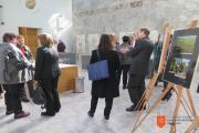 Obiskovalci pred Kristalno dvorano v Sokolskem domu. Foto: A. Jerin, 2017.